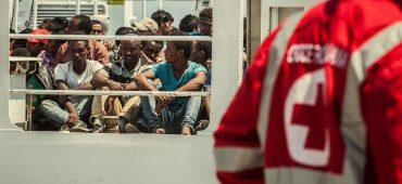 Come sfatare il mito dei migranti che portano malattie